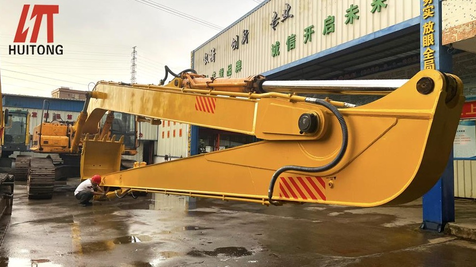 Long reach fronts manufacturers extend the service life of their products way