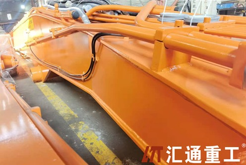 This is a qualified excavator long reach fronts manufacturer