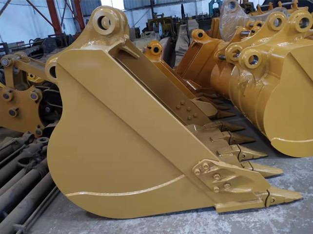 What to do if the EC excavator bucket gets hot