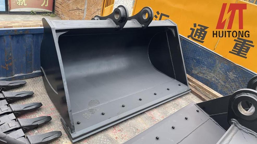 Maintenance and maintenance of caterpillar excavator bucket