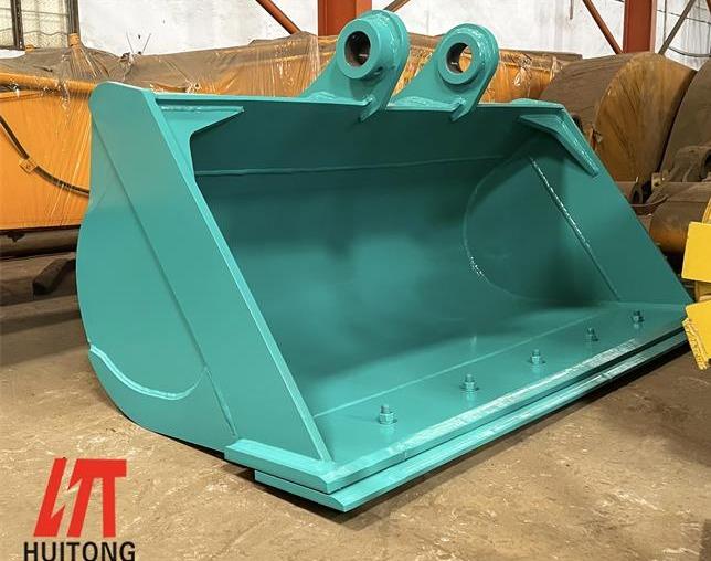 Efficient use of customized komatsu excavator buckets